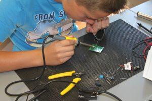 summer-school-elektrotechnik-2016-bild-1